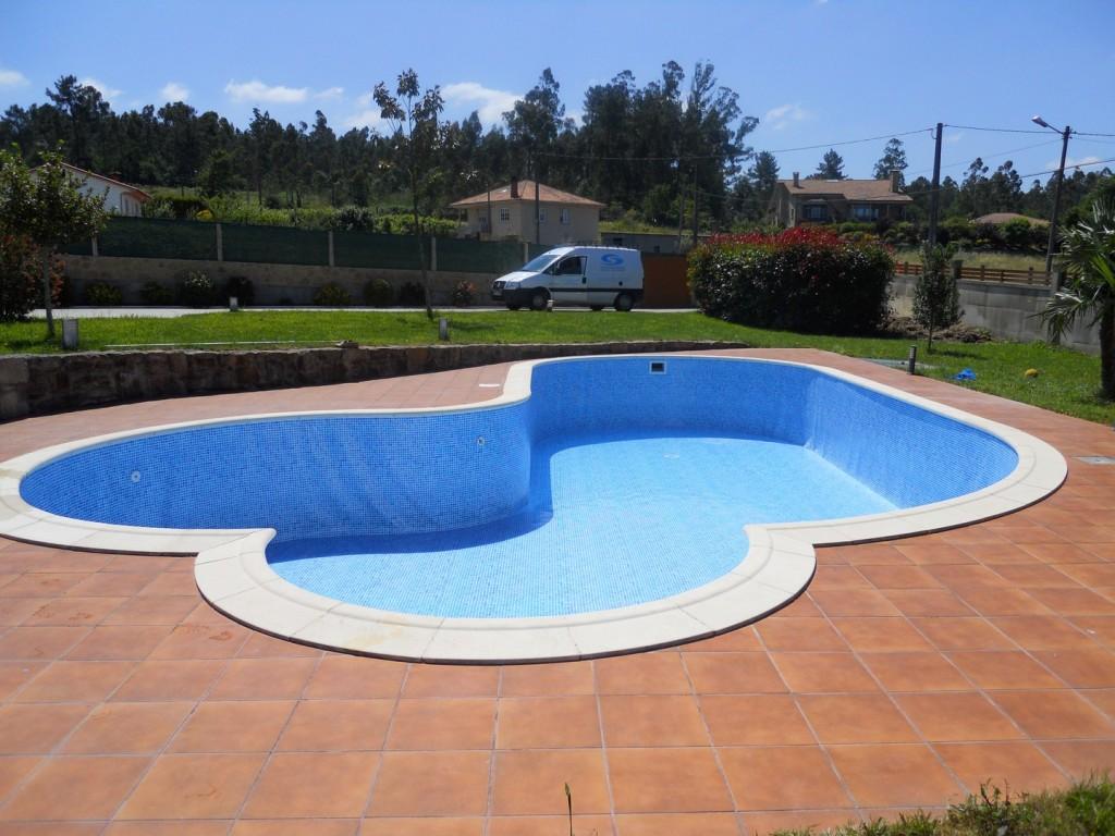 Construcci n de piscinas piscinas jos ram n for Piscinas picornell padel