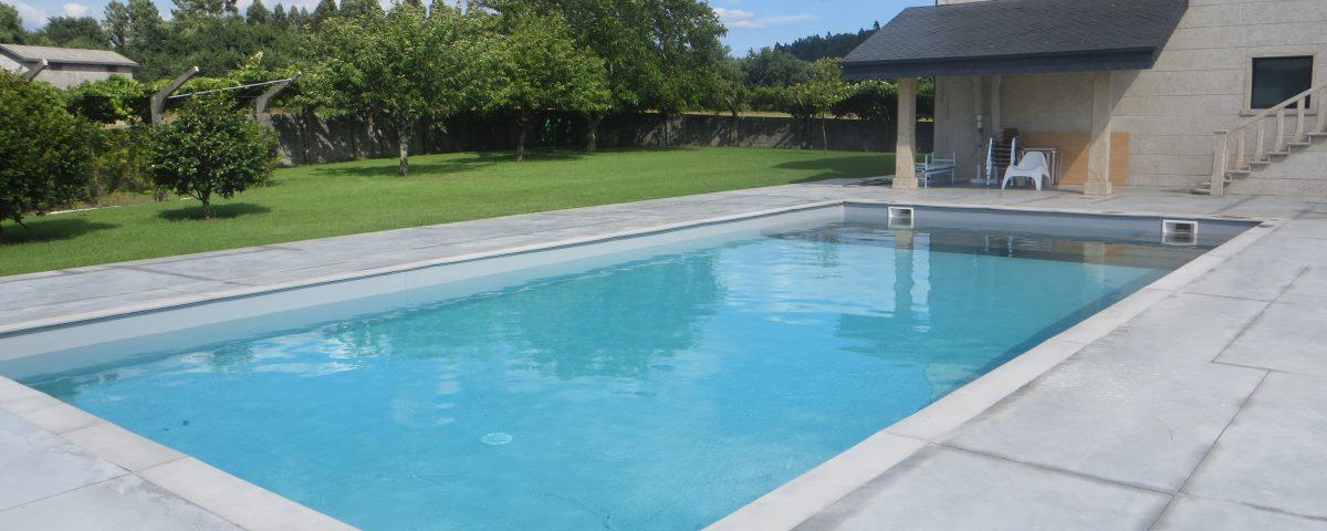 Pavimentos piscinas gallery of reforma de pavimento junto for Pavimento para piscinas